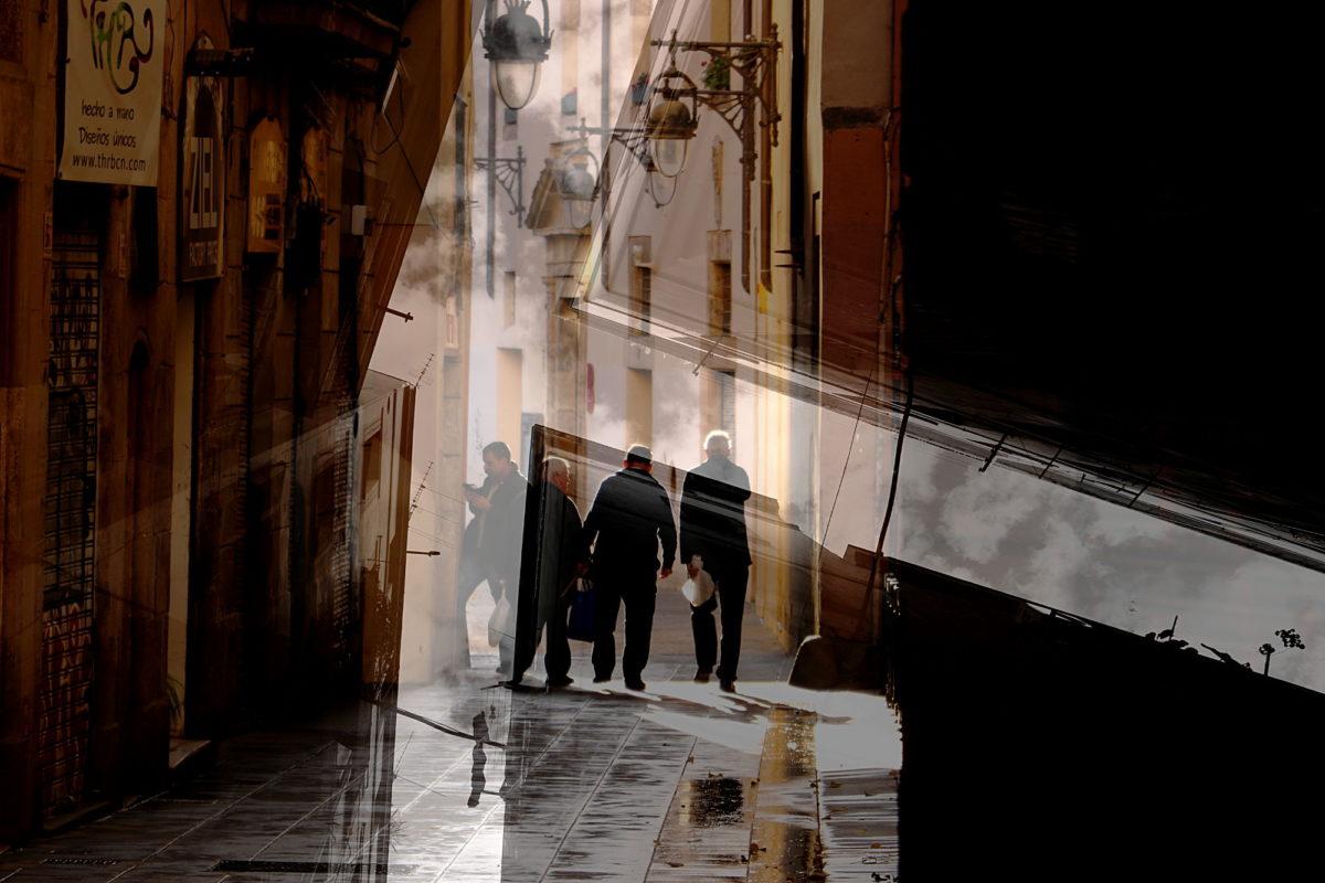 Fotografia d'arte Barcellona. Alley of connections