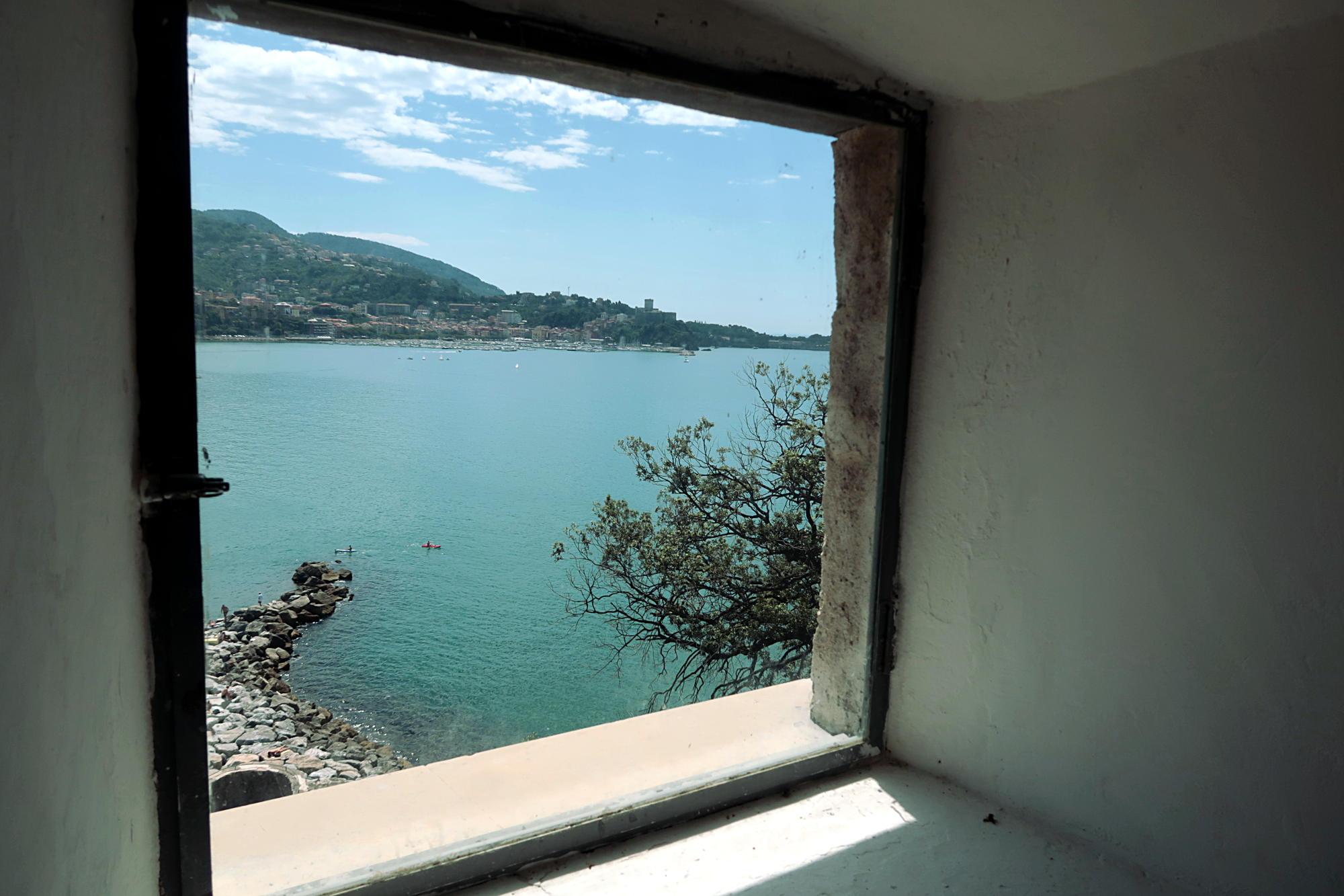 Arte La Spezia. Arte A mare. Castello di San Terenzo - Lerici