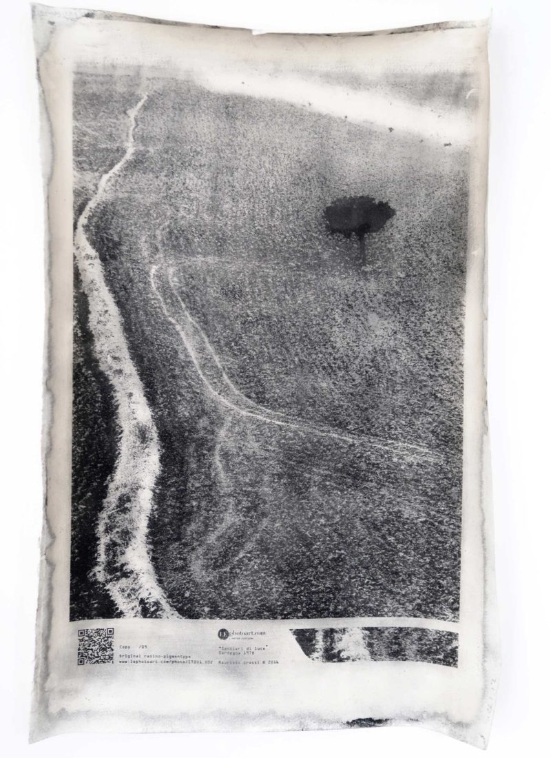 "Art photo italy. Foto fine art bianconero Sardegna. ""Senteri di luce"""