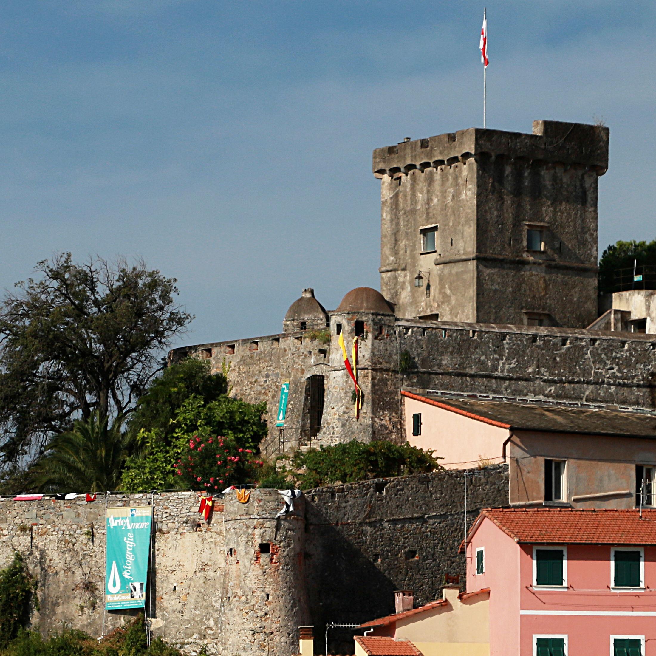 Mostra castello San Terenzo - Lerici. Arte vistuale